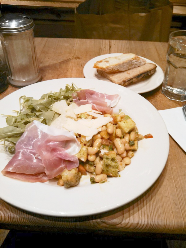 Courtney Ho/The Ram When you yearn for a salad fit for a king, head to Le Pain Quotidien for your fix.