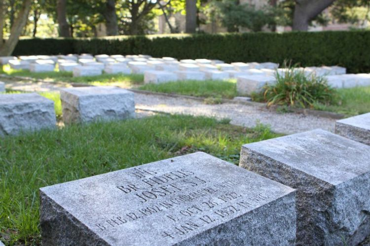 Though the cemetery is not an active burial site, it does contain bodies. (Samuel Joseph/The Ram)