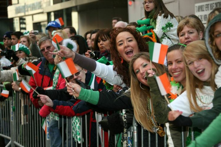New York crowds this year will now be able to cheer on LGBT groups who are now able to register to participate in the 2015 St. Patrick's Day Parade. (Courtesy of Wikimedia Commons)