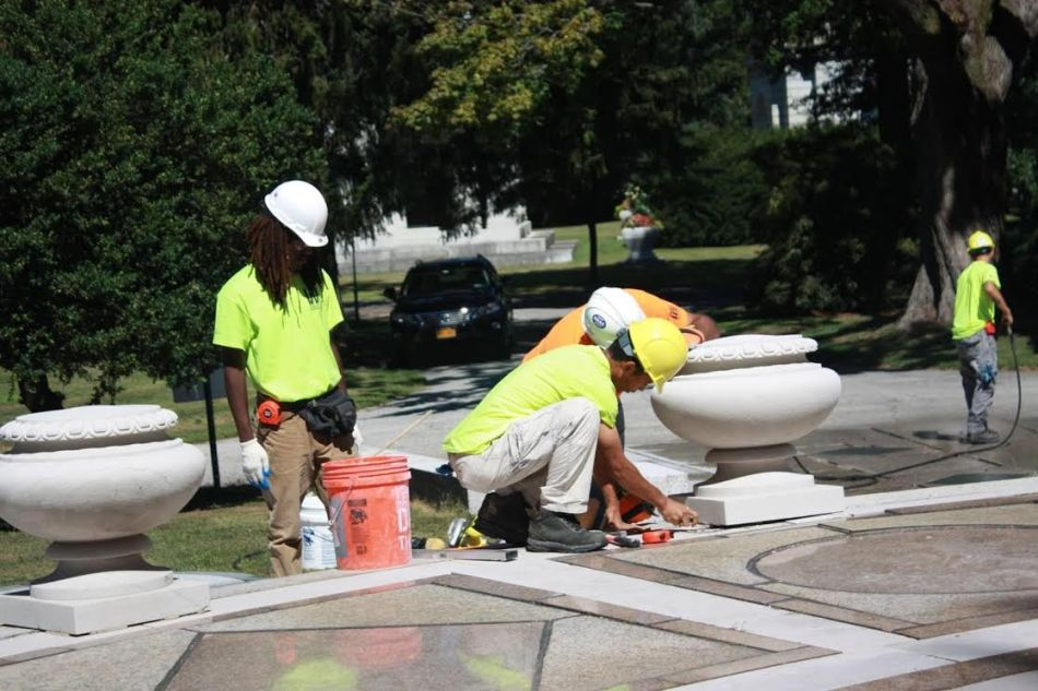 Interns Practice Preservation atWoodlawn