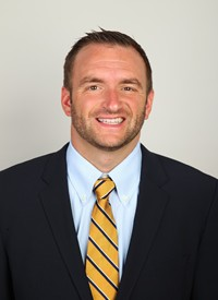 Defensive Coordinator Jon Wholley Leaves forUCONN