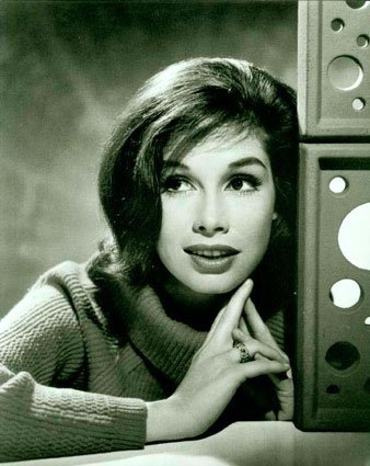Mary Tyler Moore made waves being the first woman to don pants on television. (Mary Tyler Moore/Flickr)