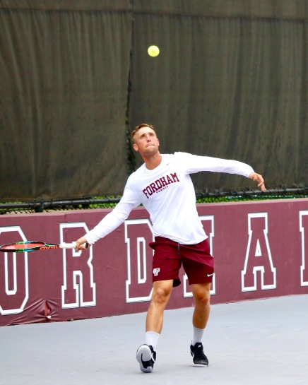 Men's Tennis Swats Hunter