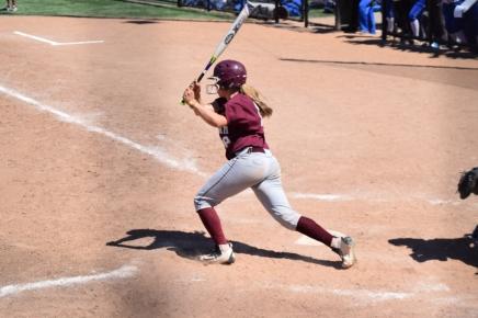 Softball Sweeps NC State Tournament, Now15-4